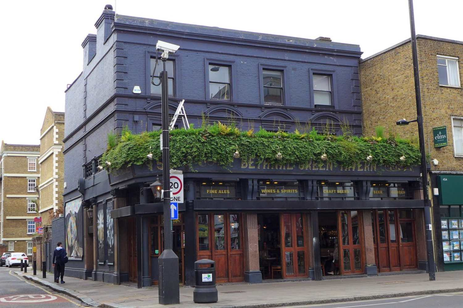 The front of Bethnal Green Tavern