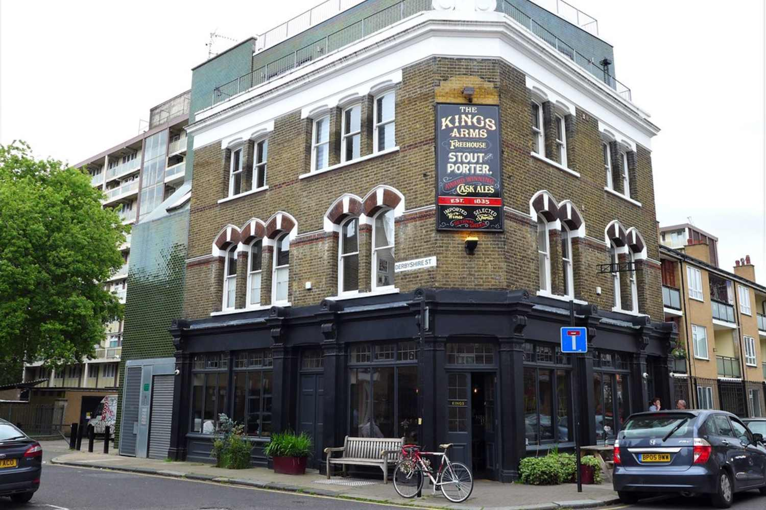 The front ofThe Kings Arms